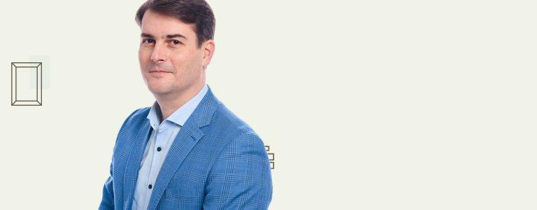 Adrian-Manolache-profile